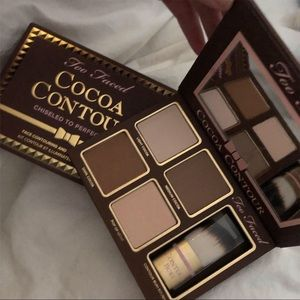 Too faced contour pallet